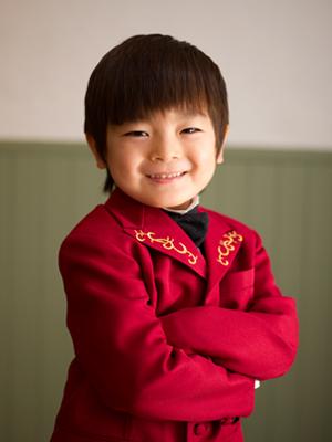 三歳 五歳 七五三 洋装 タキシード 赤 黒 蝶ネクタイ かっこいい