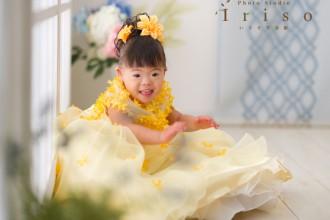 三歳 七五三 黄色ドレス小花付き 黄色花髪飾り かわいい 洋装 ドレス