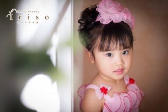 三歳七五三 ピンクドレス ピンクフリル髪飾り かわいい